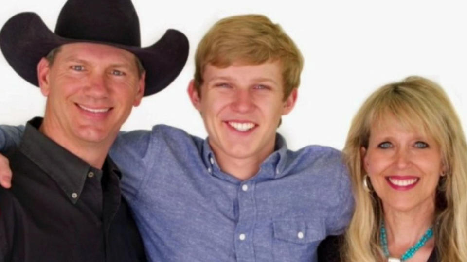 """Picture for """"It's About Less Oil, Not More Drugs', Former Dallas Cowboy Jay Novacek And Wife Amy Implore Texas Senate To Pass House Bill 1535"""