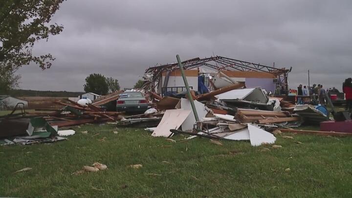Cover for Family loses home in Missouri tornado