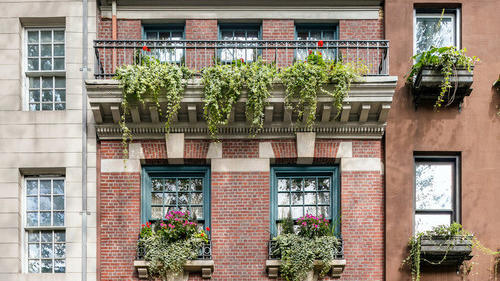 Cover for Manhattan's most photographed townhouse is now on the market for $19.5 million