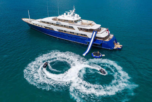 Picture for Travelers Can Now Explore Costa Rica on a Superyacht for the First Time in History