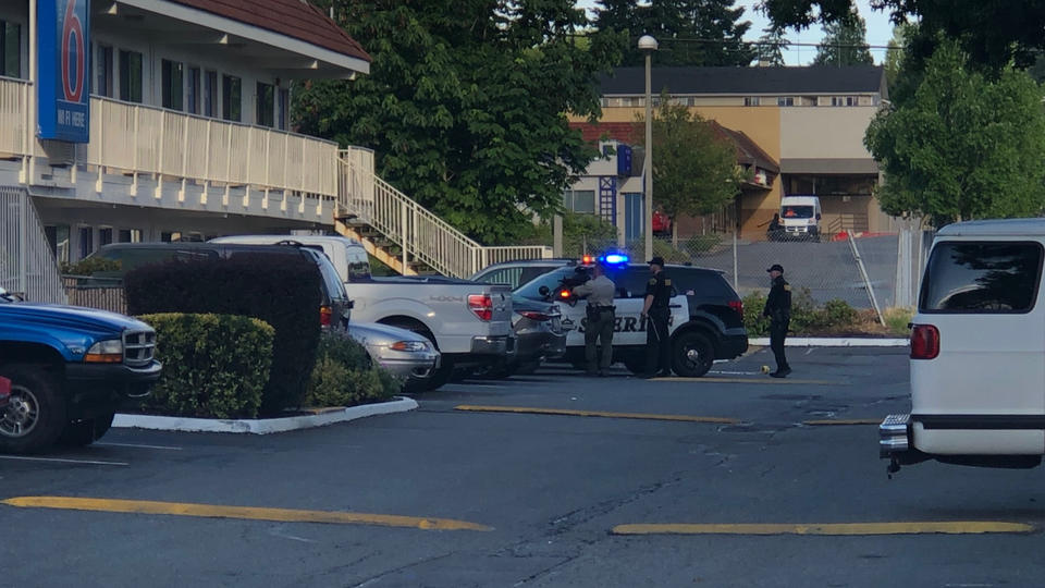 Picture for Standoff with rape suspect at Everett Motel 6 ends in arrest