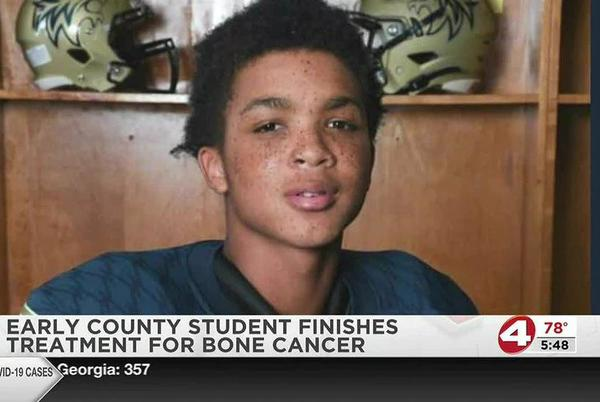 Picture for Early County High School student finishes cancer treatment