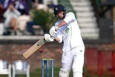 Picture for James Vince gives Hampshire a real shot at the County Championship title with lead of 160 over Lancashire after 14 wickets tumble on day two in thrilling finale to the season