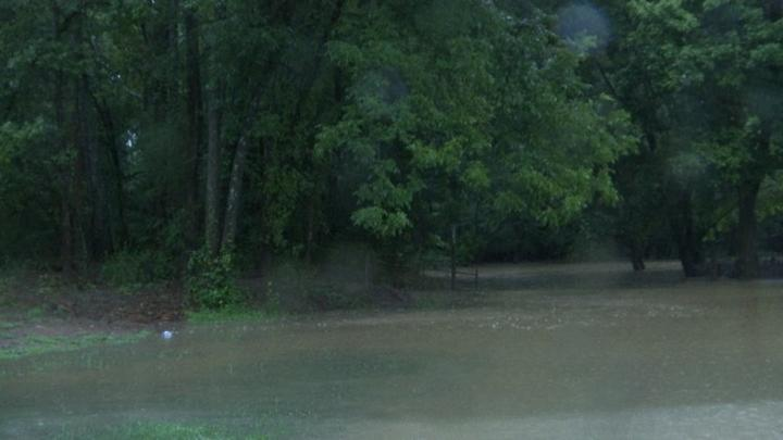 Cover for North Alabama, Tennessee Valley school closings and cancellations due to flooding, heavy rain