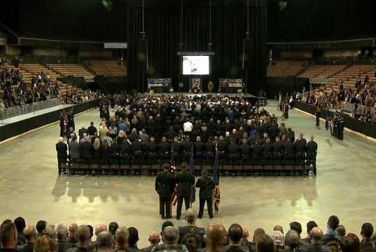 Picture for Hundreds gather to honor New Hampshire brothers who died in car crash