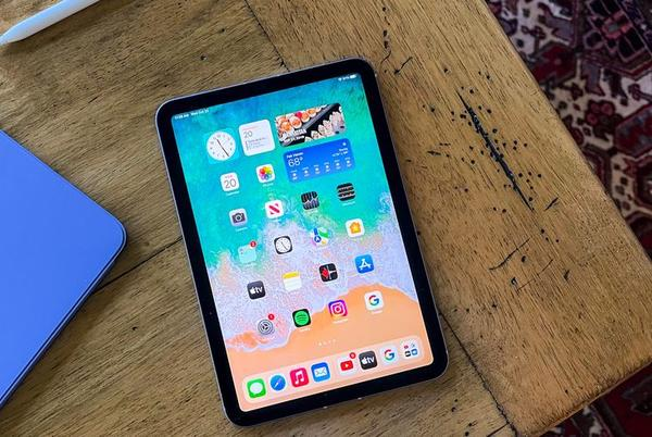 Picture for The Tiny iPad Should Be the Go-To iPad. Here's Why