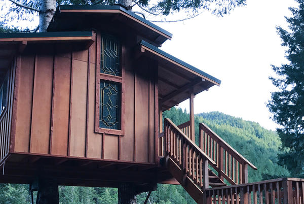 Picture for 40 Amazing Treehouses That Will Blow You Away