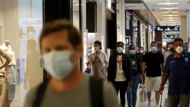Picture for Where the CDC says you should continue to wear masks in Colorado