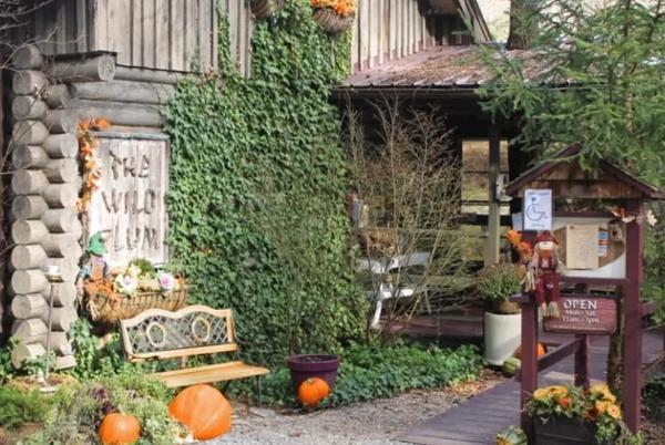Picture for Where to Eat and Drink in Gatlinburg, Tennessee