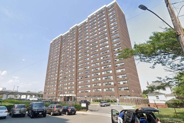 Picture for Man dies after being shot seven times in elevator at NYC apartment building