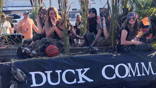 Cover for Warsaw High School Brings Reality TV To Life At Homecoming Parade