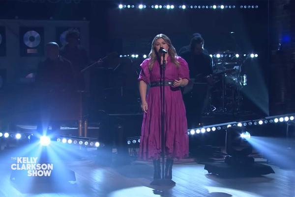 Picture for Kelly Clarkson Leans Into The Weeknd's 'Dear Melancholy' With 'Call Out My Name' Cover