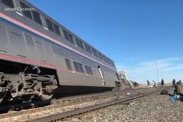 Picture for Amtrak derailment in Montana by train from Chicago was going under speed limit; victims killed ID'd