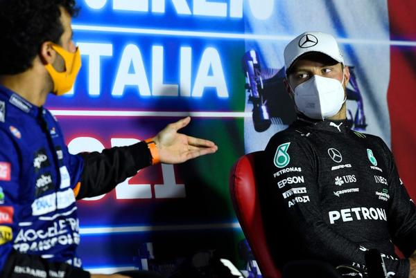 Picture for Bottas 'saying the right things' ahead of Alfa move