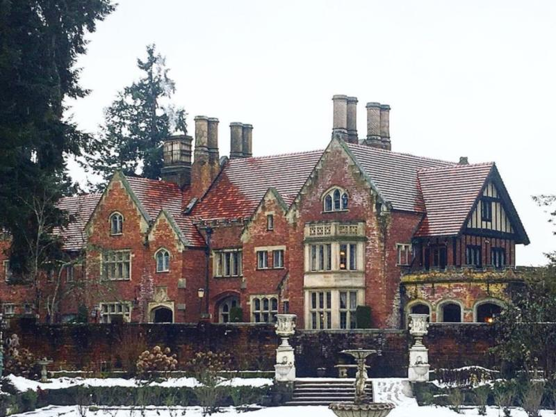 Is Thornewood Castle Haunted Delving Into The History Of The Real Bly Manor House News Break