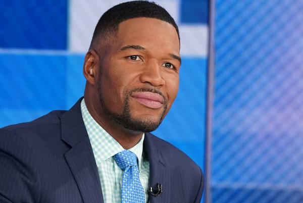 Picture for 'GMA' Fans Are Getting Really Emotional Over Michael Strahan's Moving Instagram