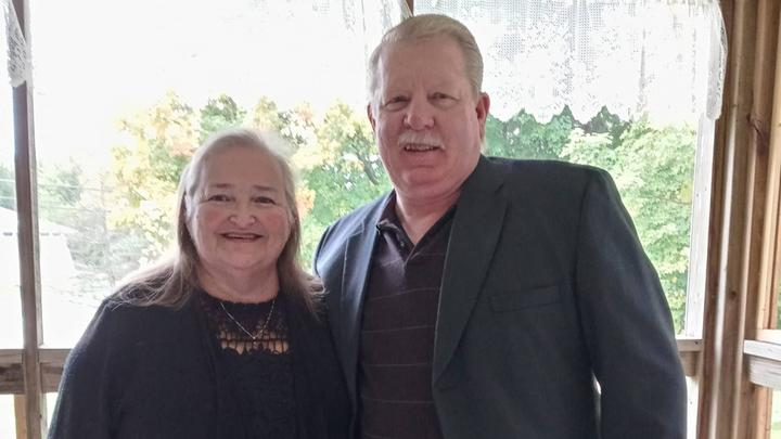 Cover for Vaccinated Michigan couple die of COVID-19 holding hands, minute apart