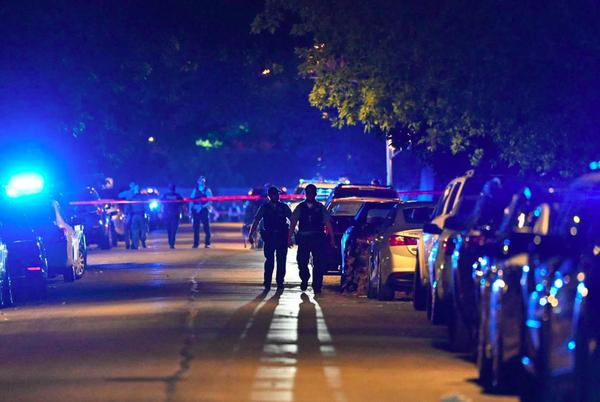 Picture for Chicago police officer killed, another seriously wounded in West Englewood