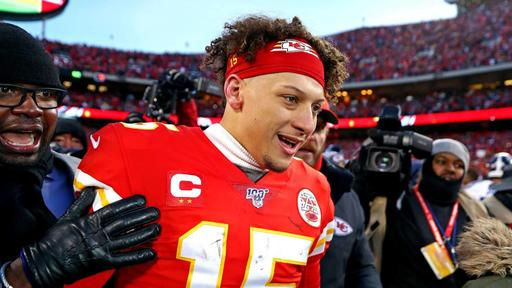 Watch: Patrick Mahomes, young reporter share cute moment during Super Bowl  LIV Opening Night | News Break
