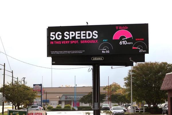 Picture for T-Mobile has a new live speed-test billboard in VA