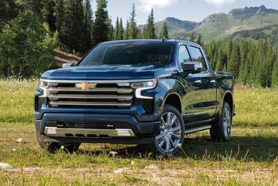 Picture for Chevrolet Previews Four-Wheel Steer on Silverado Electric Pickup