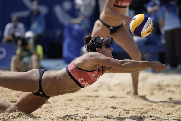 Picture for Americans ousted by Canada in Olympic beach volleyball