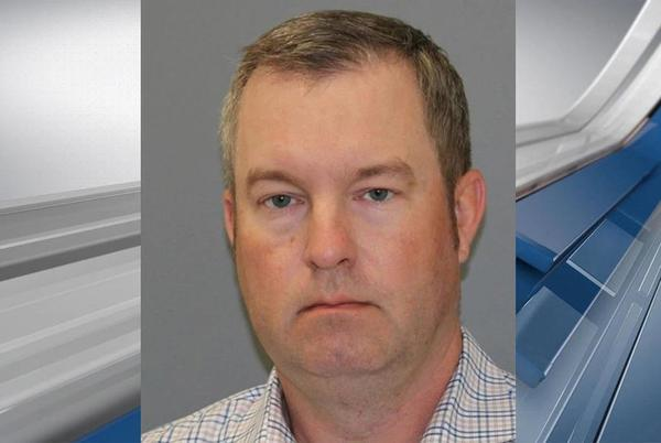 Picture for Ex-Valley View mayor gets probation, ordered to surrender law license in tampering case