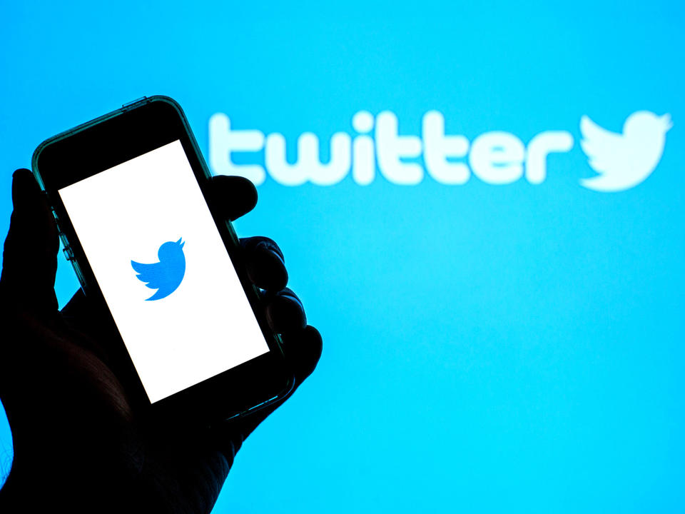 twitter-acquires-ad-free-news-reader-scroll-in-shift-towards-subscription-products