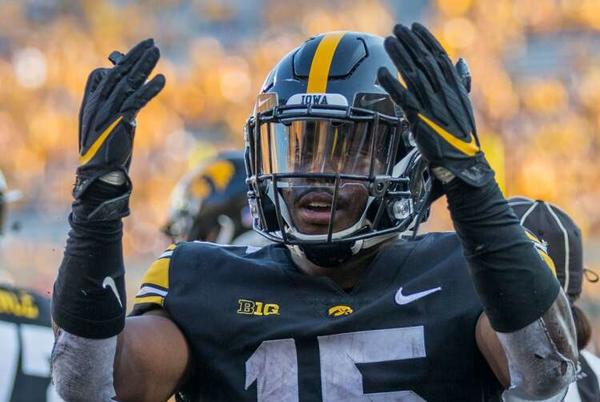 Picture for Tyler Goodson's career day needed to propel Iowa offense through critiques