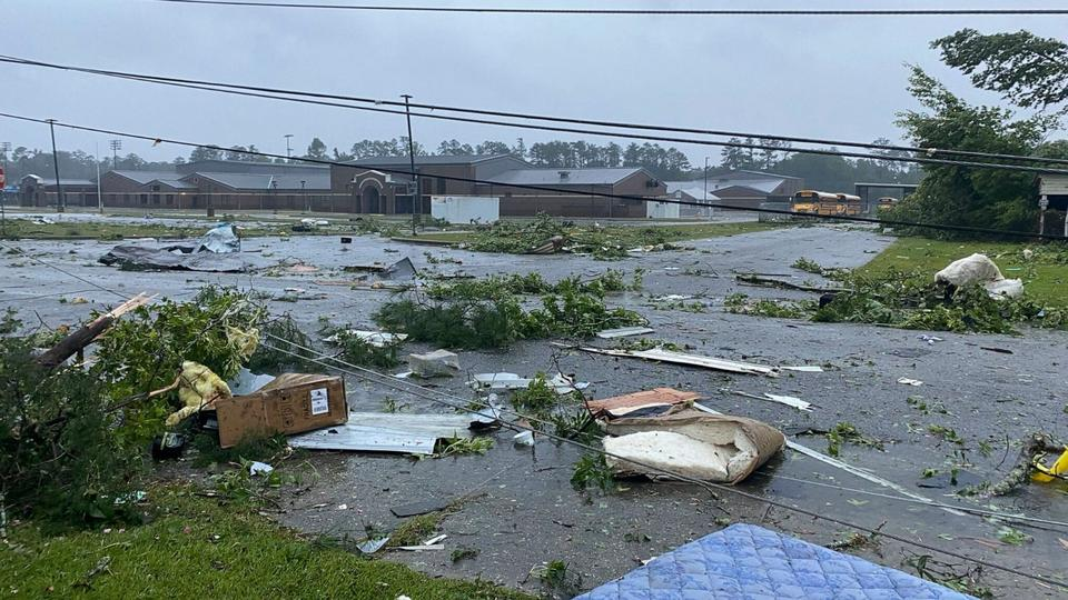 Picture for 12 dead in Alabama due to Claudette, including 10 children