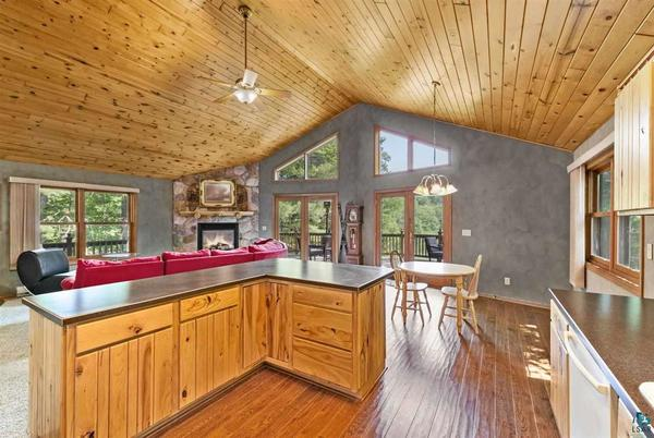 Picture for Take a look at these homes on the market in Barnum