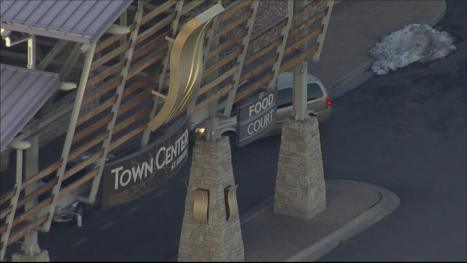 Picture for Colorado Boy Suffers Life-Threatening Injuries After Falling From 2nd Floor Of Town Center Of Aurora