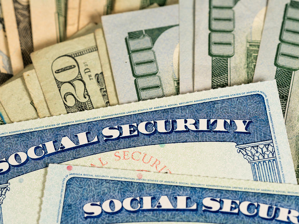 social-security-benefits-to-increase-amid-inflation-rise-newsbreak