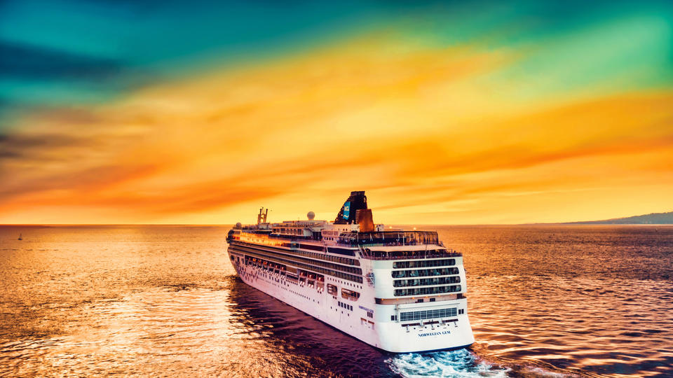 Picture for Unvaccinated Royal Caribbean Cruise Passengers Boarding in Florida May Face Fines and Additional Charges
