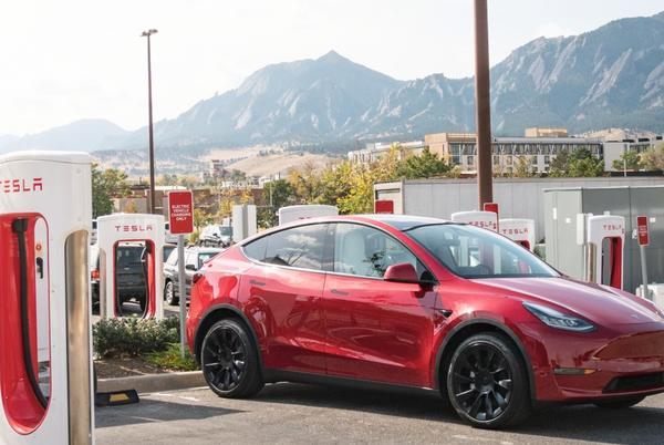 Picture for Tesla (TSLA) releases Q2 2021 results: surprises with big profit beat