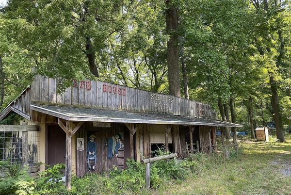 Picture for Creepy, Abandoned Amusement Park Near Benton Harbor, Michigan up for Auction