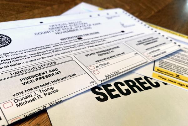 Picture for Election officials say Iowa voters should return their ballots quickly to meet a new deadline