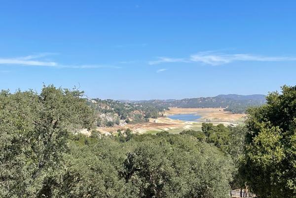 Picture for Lake Nacimiento water level takes a deep dive