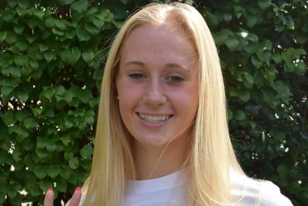 Picture for Arizona Secures Verbal Pledge from Illinois Sectional Champion Paige Armstrong
