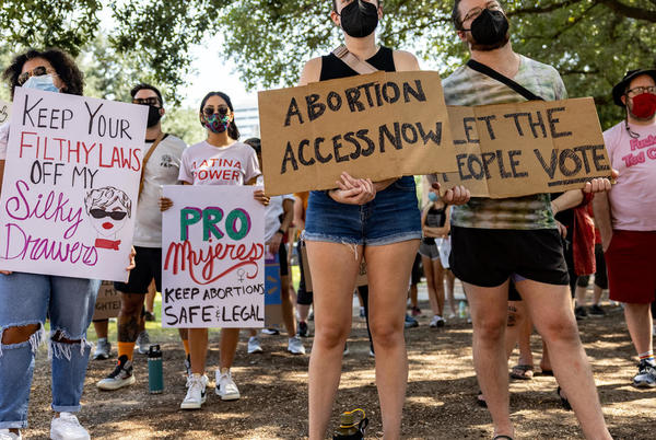 """Picture for A proposed law places a $10K bounty on sexual abusers — taking a jab at Texas' abortion """"bounty hunters"""""""