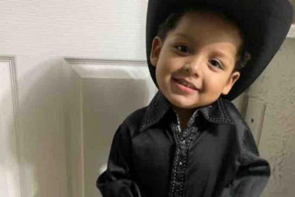 Picture for Mom's boyfriend killed 2-year-old boy for rubbing feces on him, Irving police say