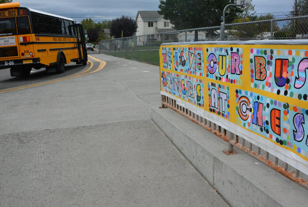 Picture for Children show support for Pasco bus drivers