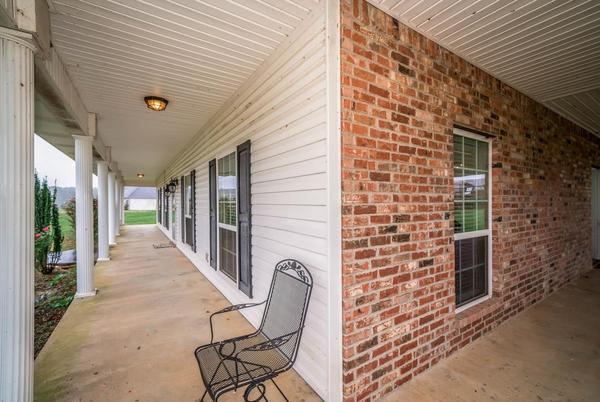 Picture for Take a look at these homes on the market in Carthage