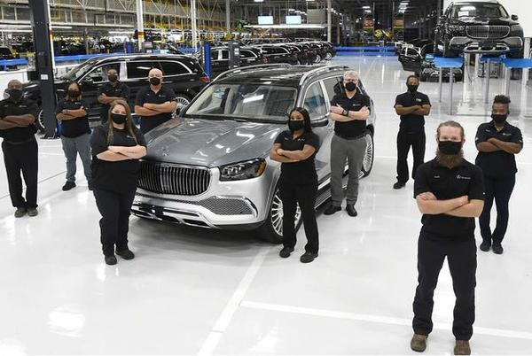 Picture for Mercedes seeking hundreds of new workers for Tuscaloosa, Bibb county plants