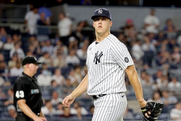 Picture for Three ways for Yankees to survive treacherous final week