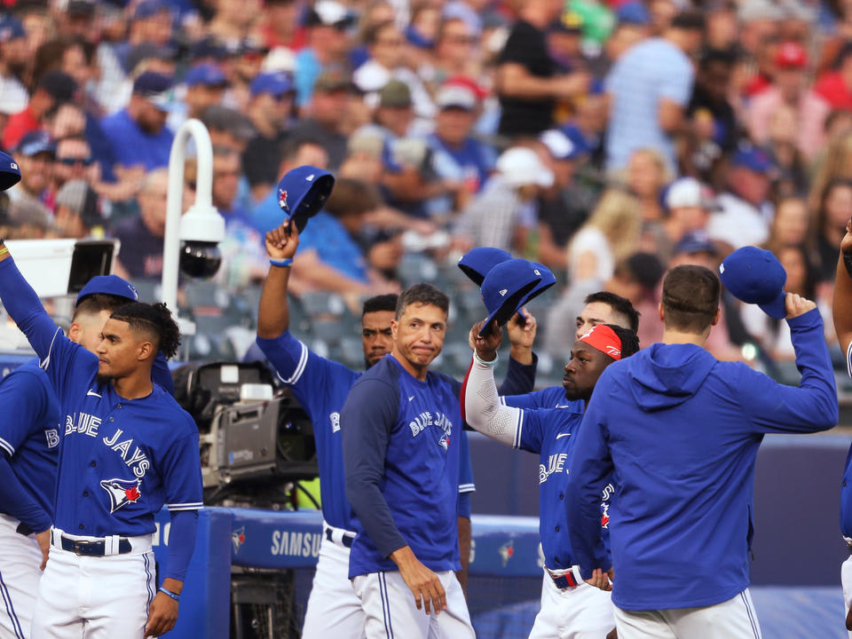 red-sox-hit-5-homers-beat-blue-jays-7-4-in-buffalo-finale