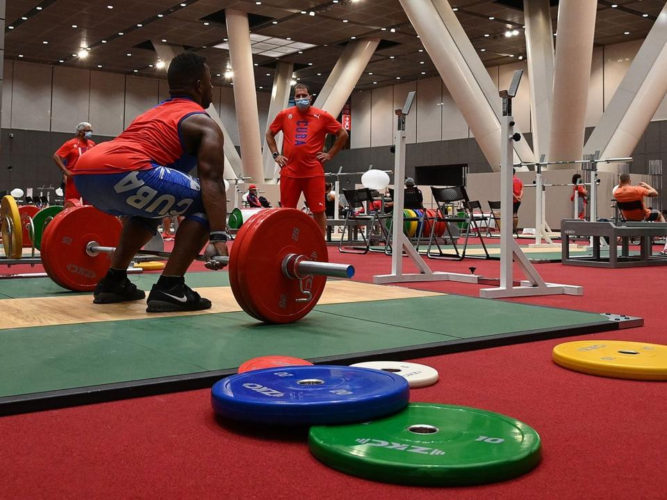how-to-watch-weightlifting-at-the-tokyo-olympics
