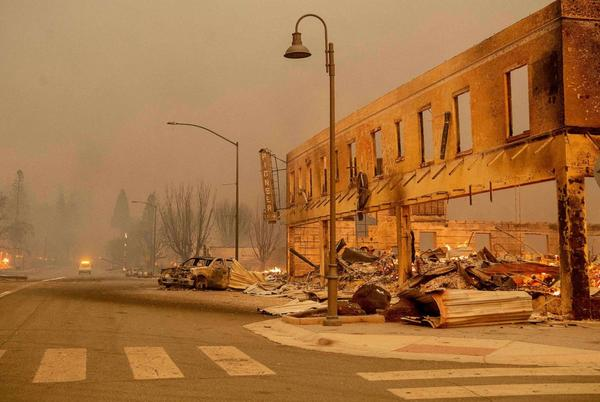 Picture for Out-of-control wildfire destroys entire California town
