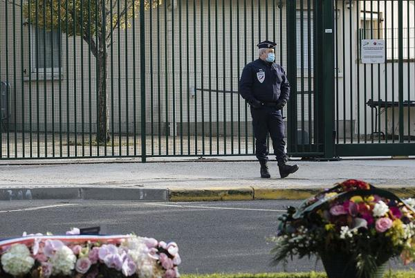 Picture for France pays tribute to beheaded teacher Samuel Paty one year on