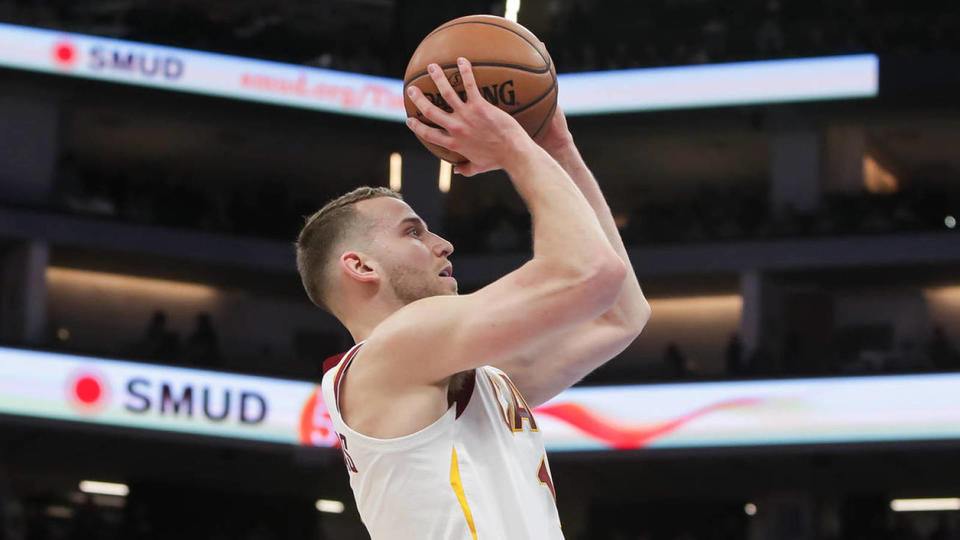 Picture for Nik Stauskas to sign with hometown Raptors' G League affiliate